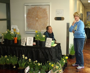 Ralph and Leora selling daffodils